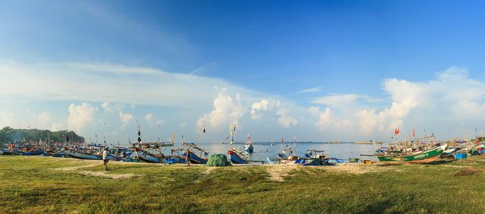 Panorama Pantai Ujung Genteng